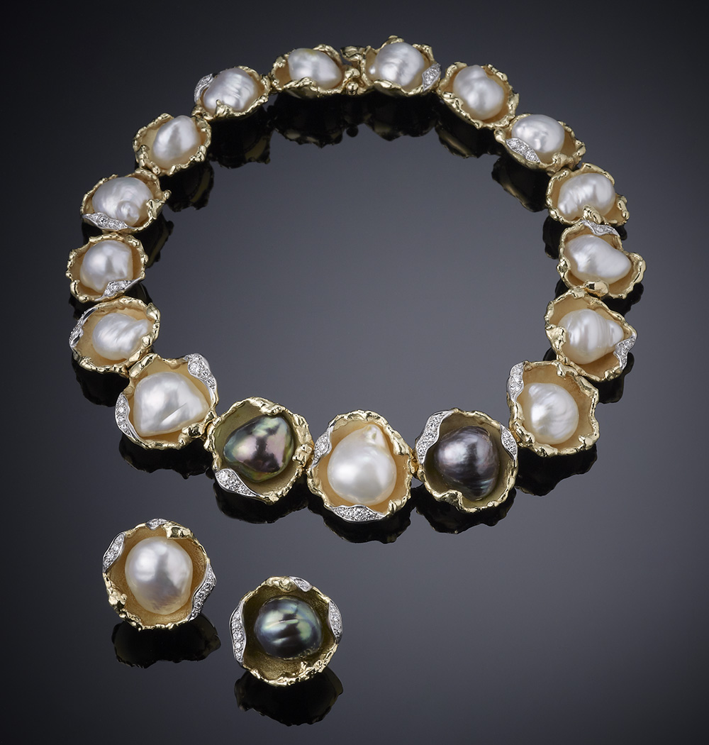 Grima_necklace_and_earclips_with_baroque_pearls